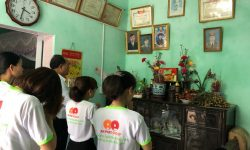 An Phat  Plastic (AAA): Paying visits and giving gifts to Vietnamese heroic mothers on the occasion of the 71st anniversary of War Invalids and Martyrs' Day