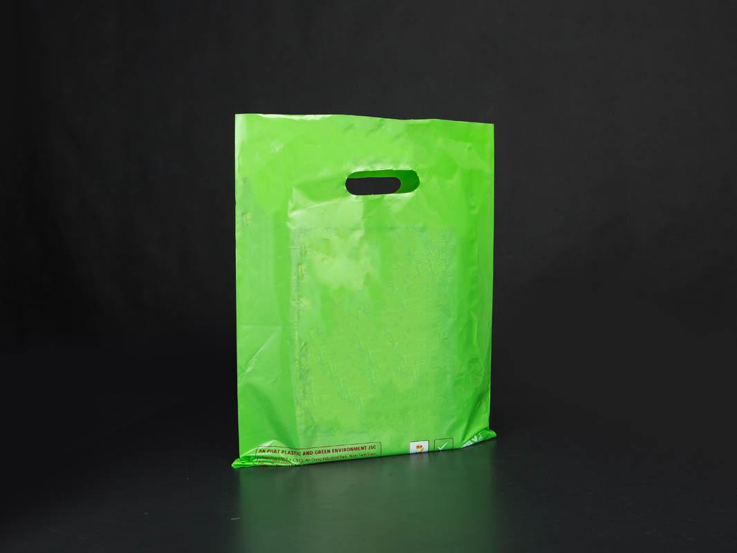 Die-cut bags