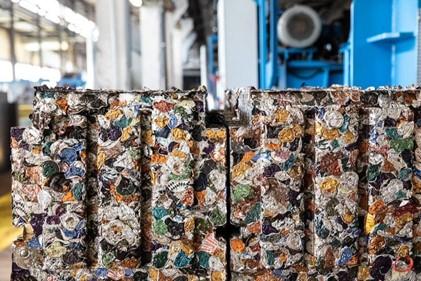 Vỏ viên nén cà phê được thu thập để tái chế